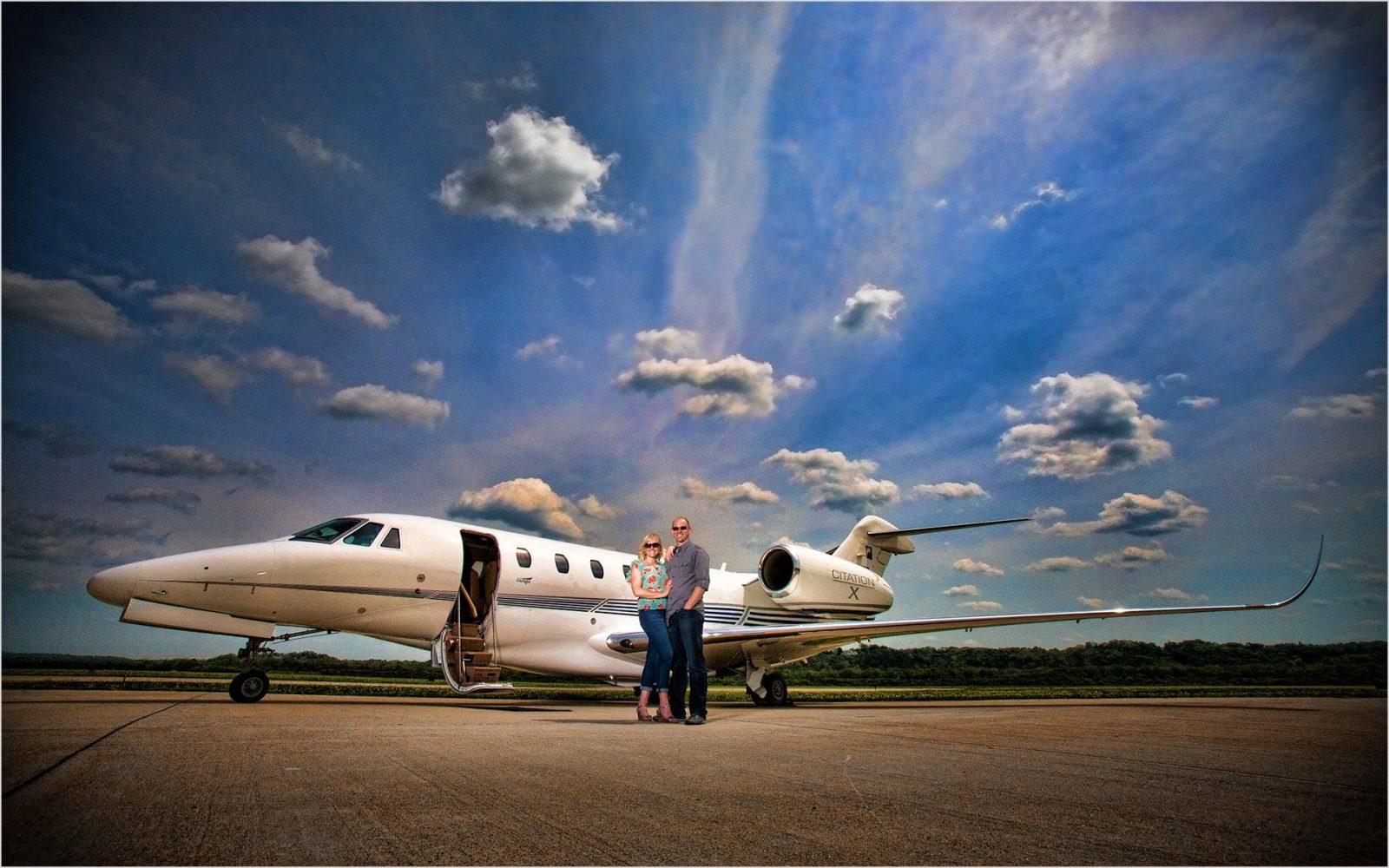 Cincinnati Wedding Photographer Lunken Airport Engagement