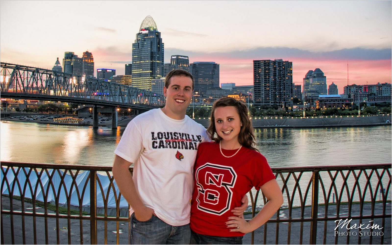 Kentucky Wedding Photographers Newport on the Levee Cincinnati Engagement