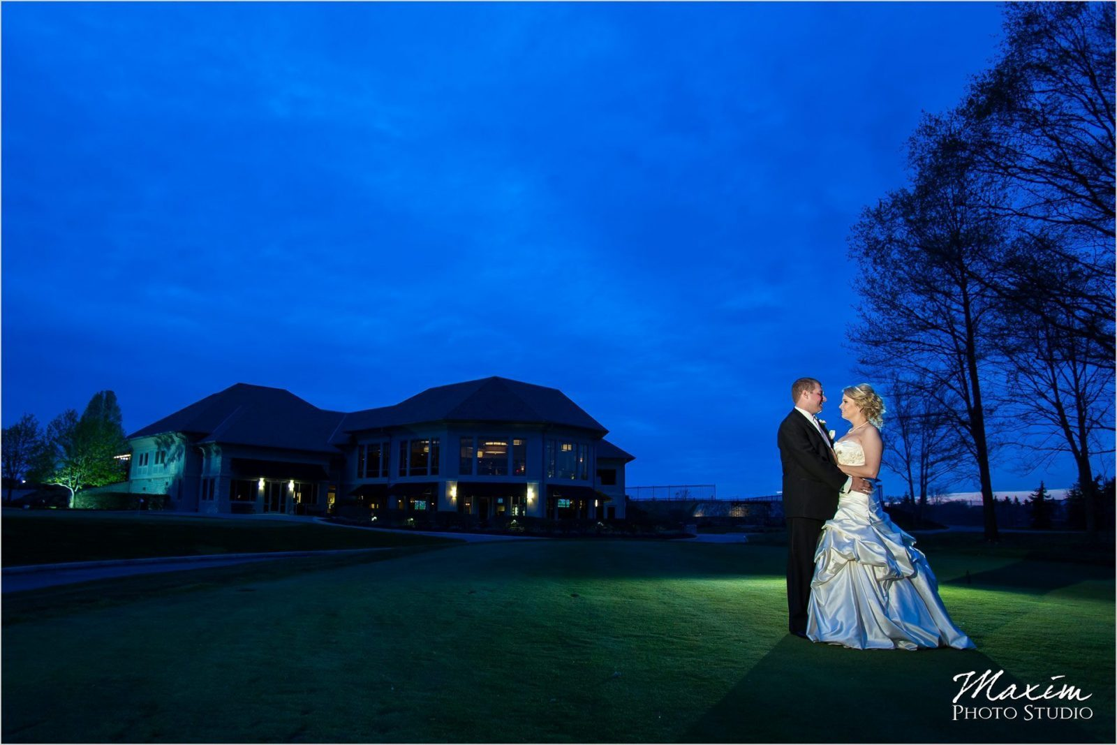 Scioto Reserve Country Club Sunset Wedding