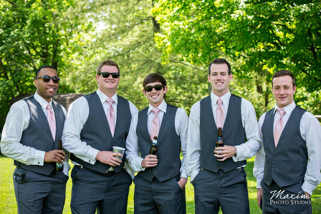 eldridge tie knot cincinnati wedding pictures