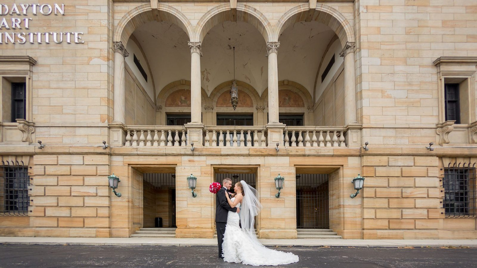 Dayton Art Institute Wedding Photography Top Dayton Wedding Vendors