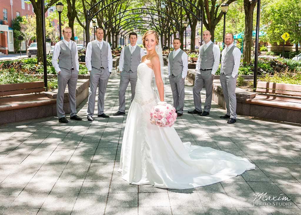 off-camera-flash-cincinnati-wedding-portraits