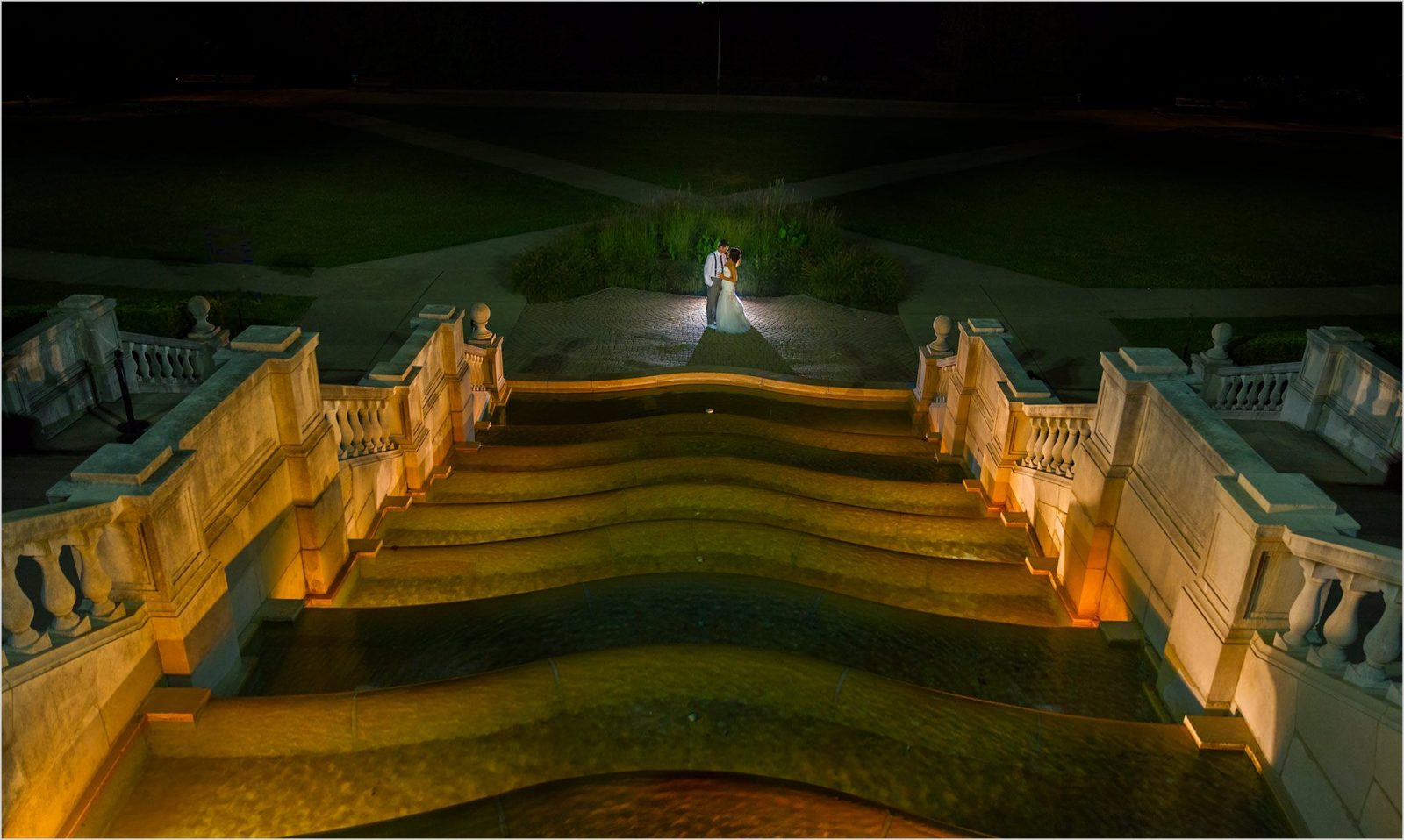 Ault Park Cincinnati Wedding night picture fountain bride groom