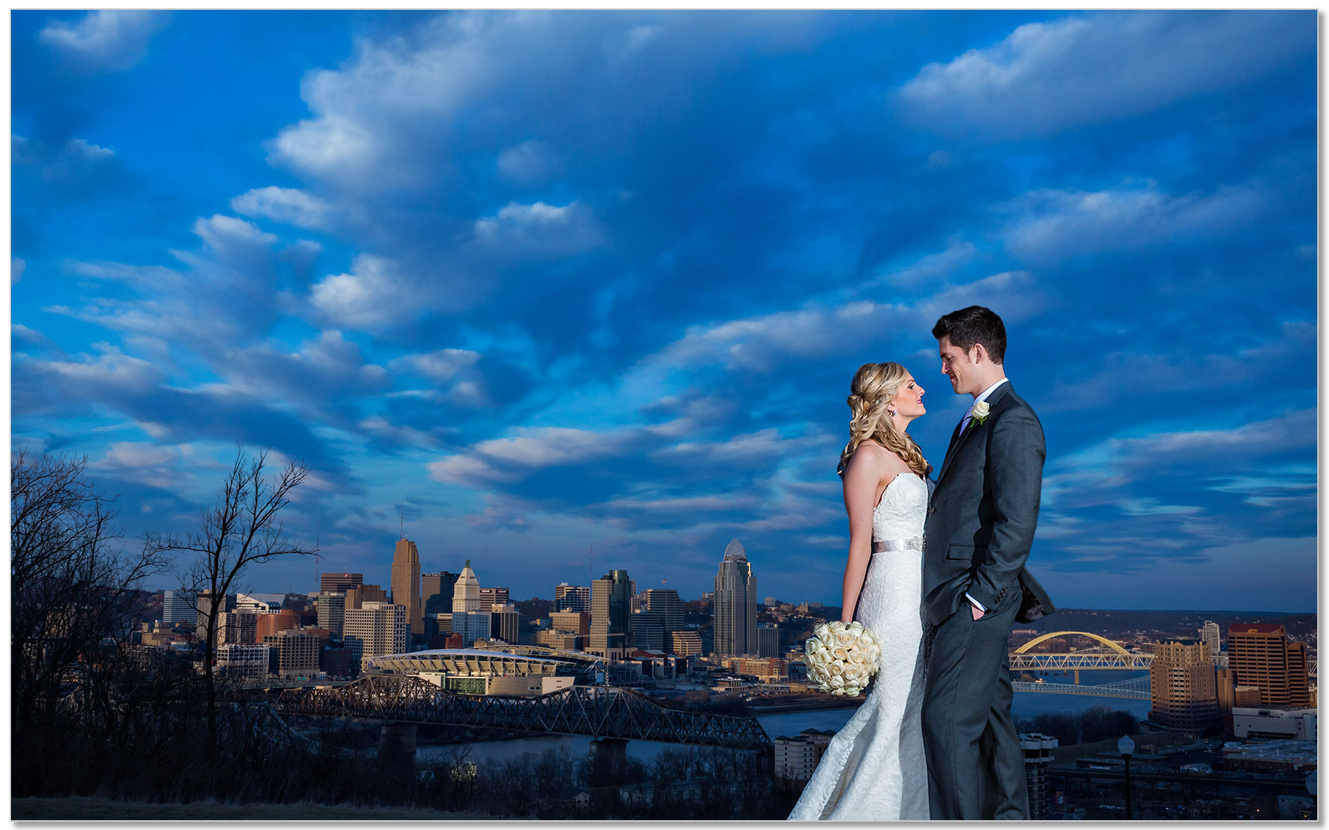 Cincinnati Wedding skyline bride groom