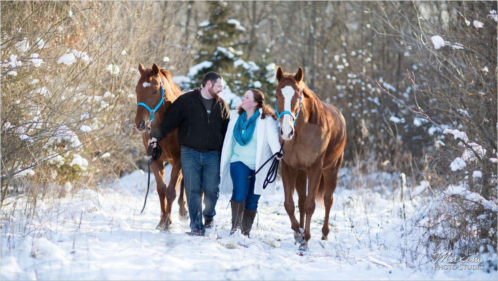 Ohio Horse Farm Cincinnati Engagement