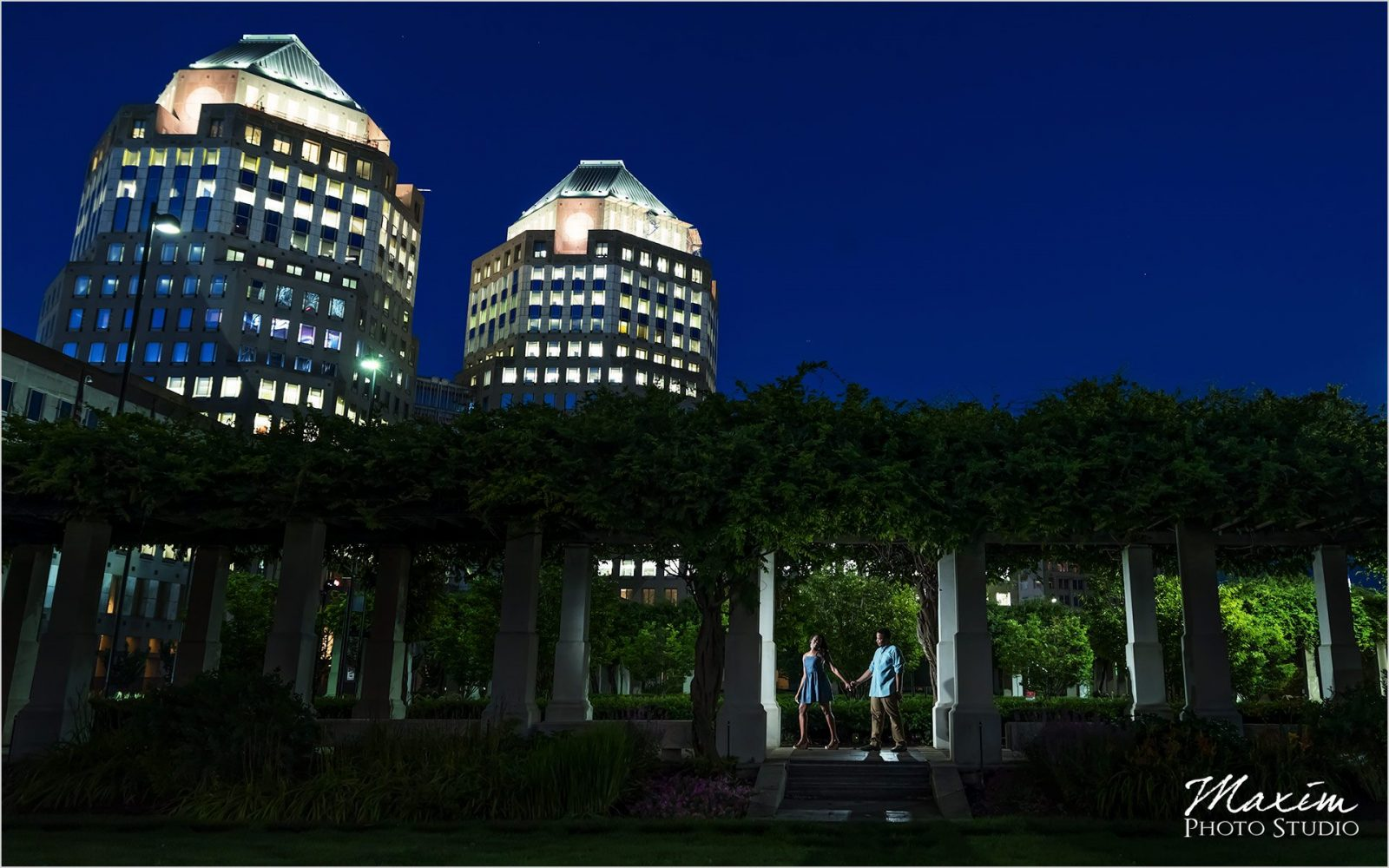 Cincinnati Wedding Photographer PG Gardens Night Engagement Photography