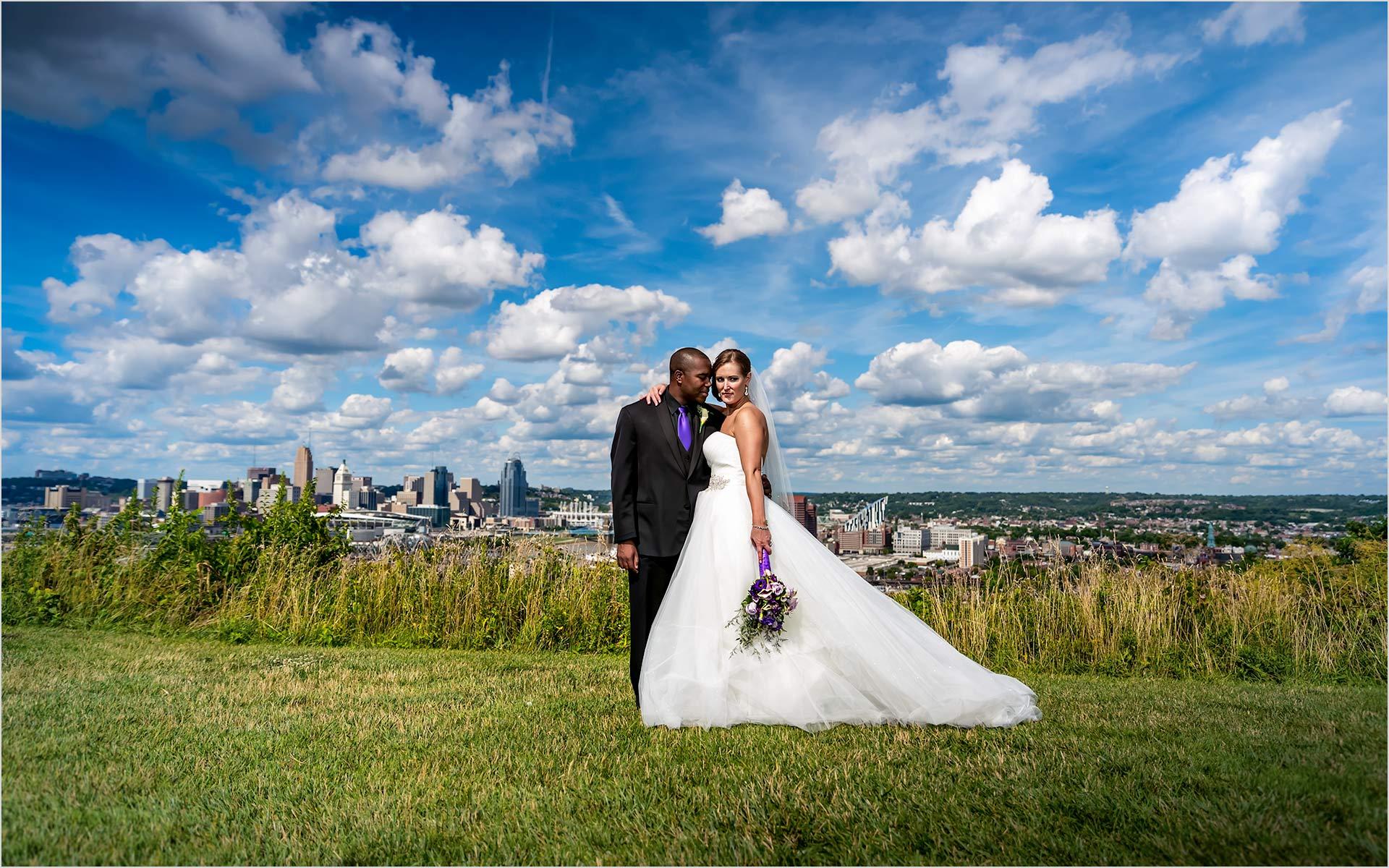 Cincinnati Skyline, Devou Park, The Center Cincinnati, Bride Groom